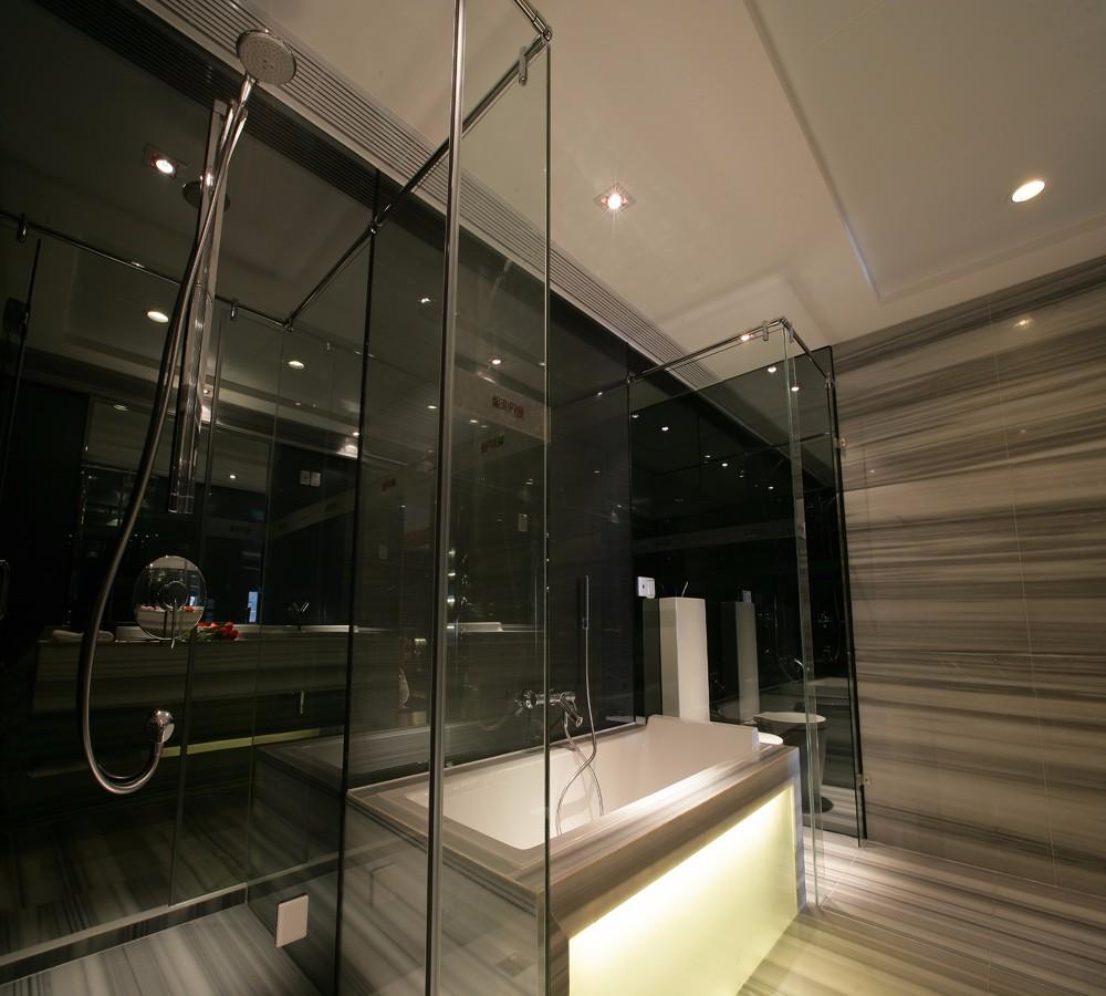 简欧风格别墅卫生间装修效果图