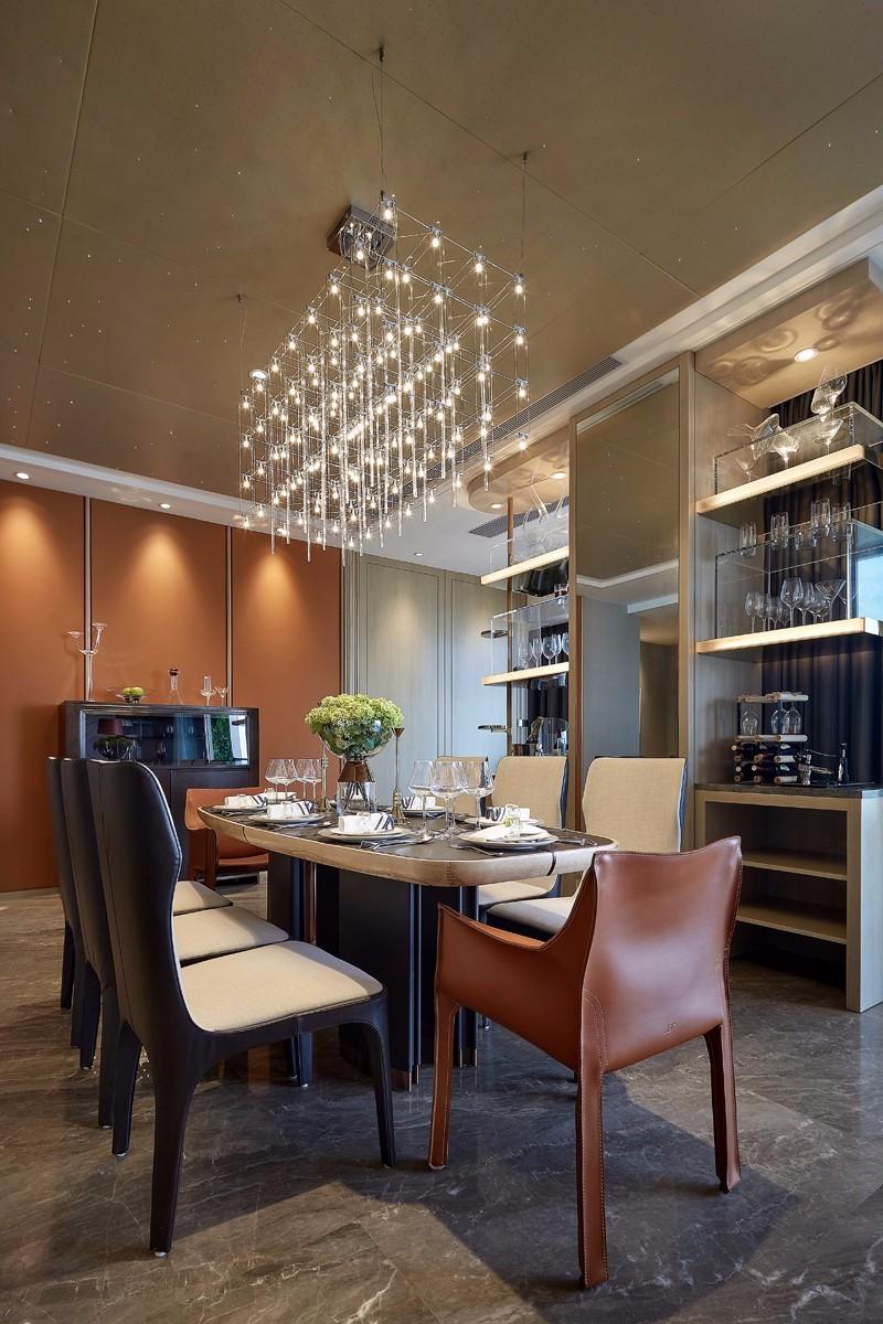 后现代奢华样板房餐厅装修效果图