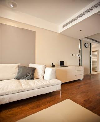 三居室现代简约装修沙发搭配图
