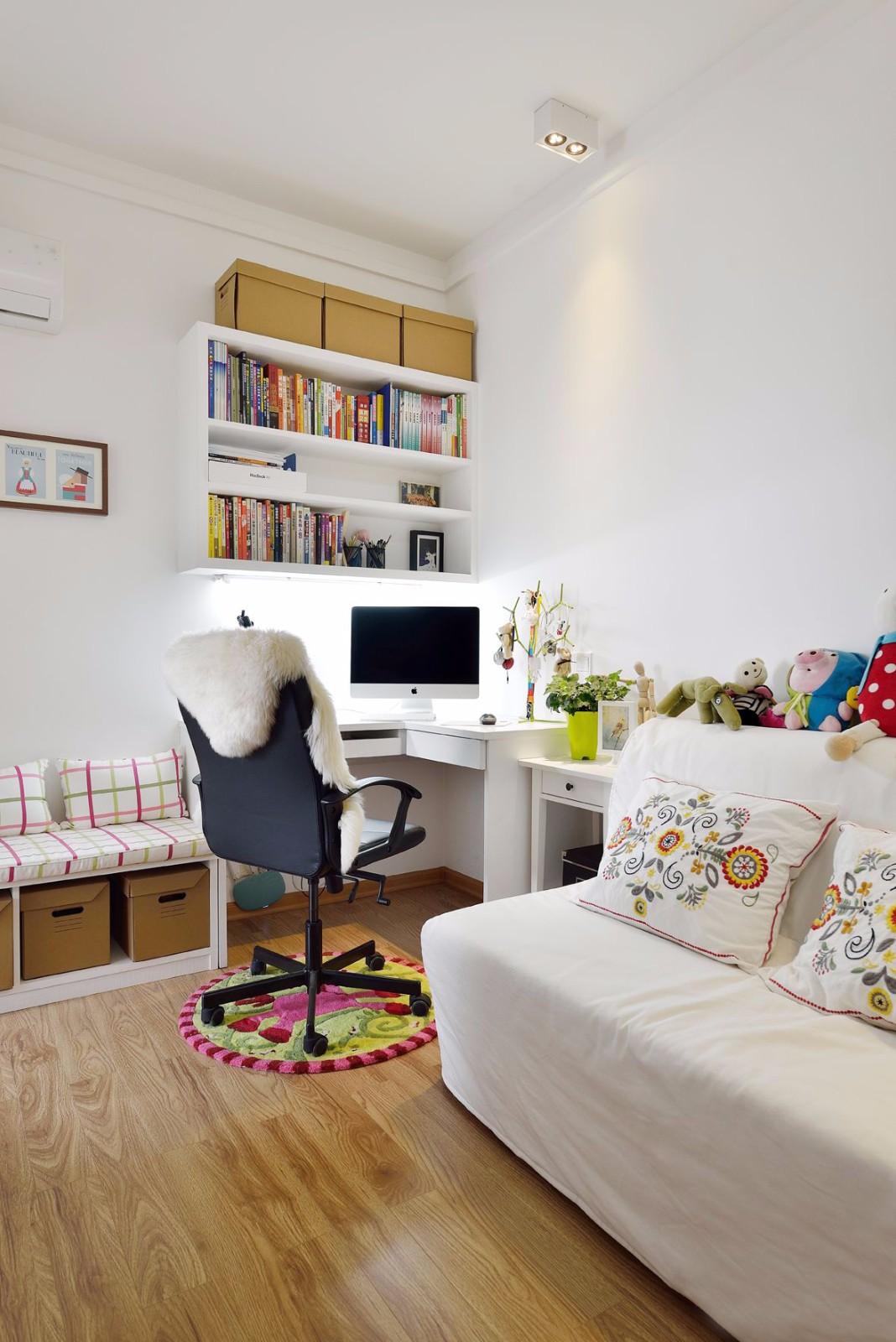 85平米二居室书房装修效果图