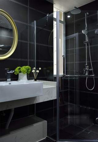 130平現代簡約黑色衛生間裝修效果圖