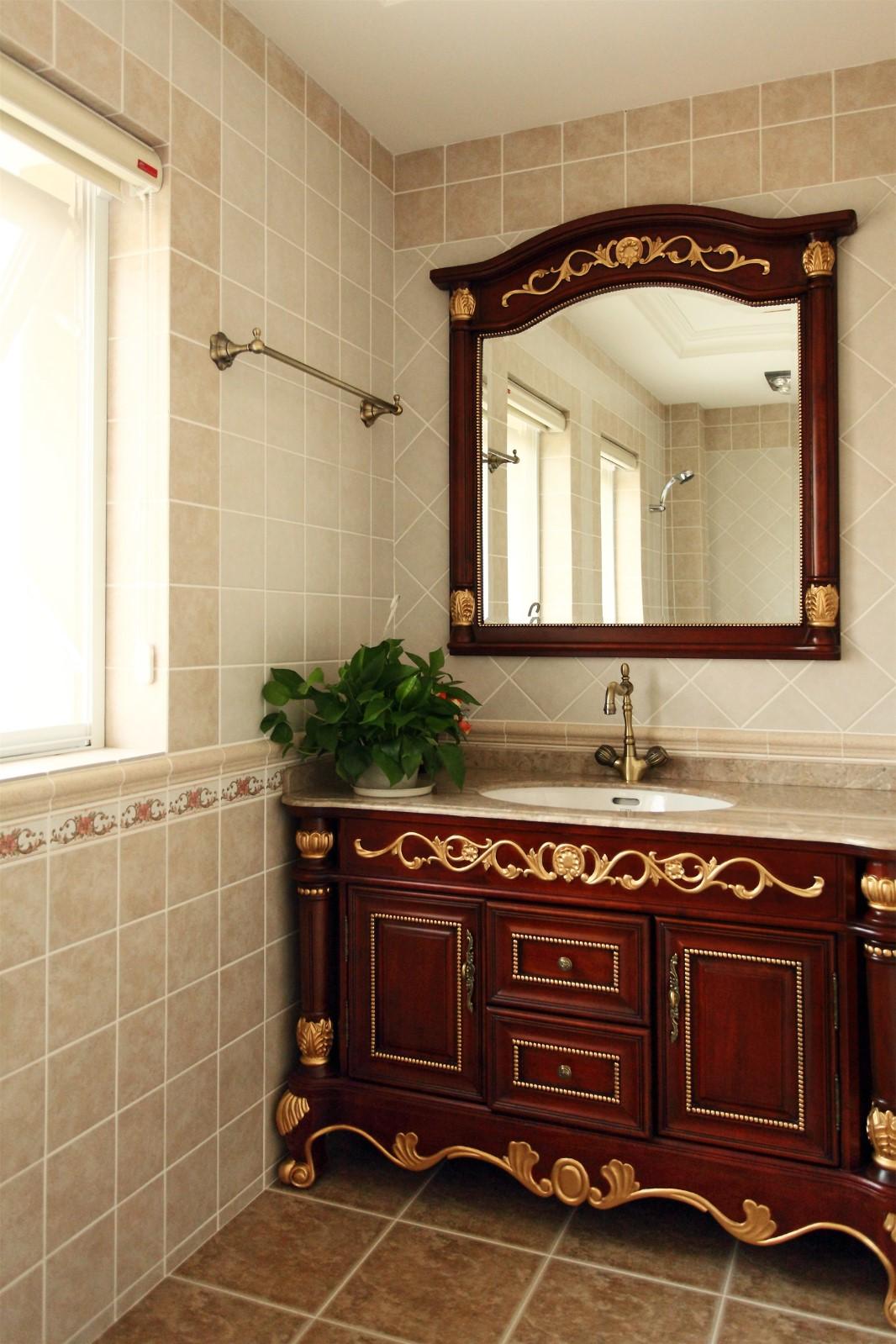 大户型复古美式风格浴缸柜装修效果图