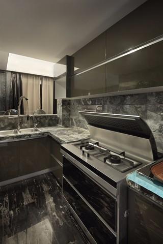 黑色調后現代風格廚房裝修效果圖