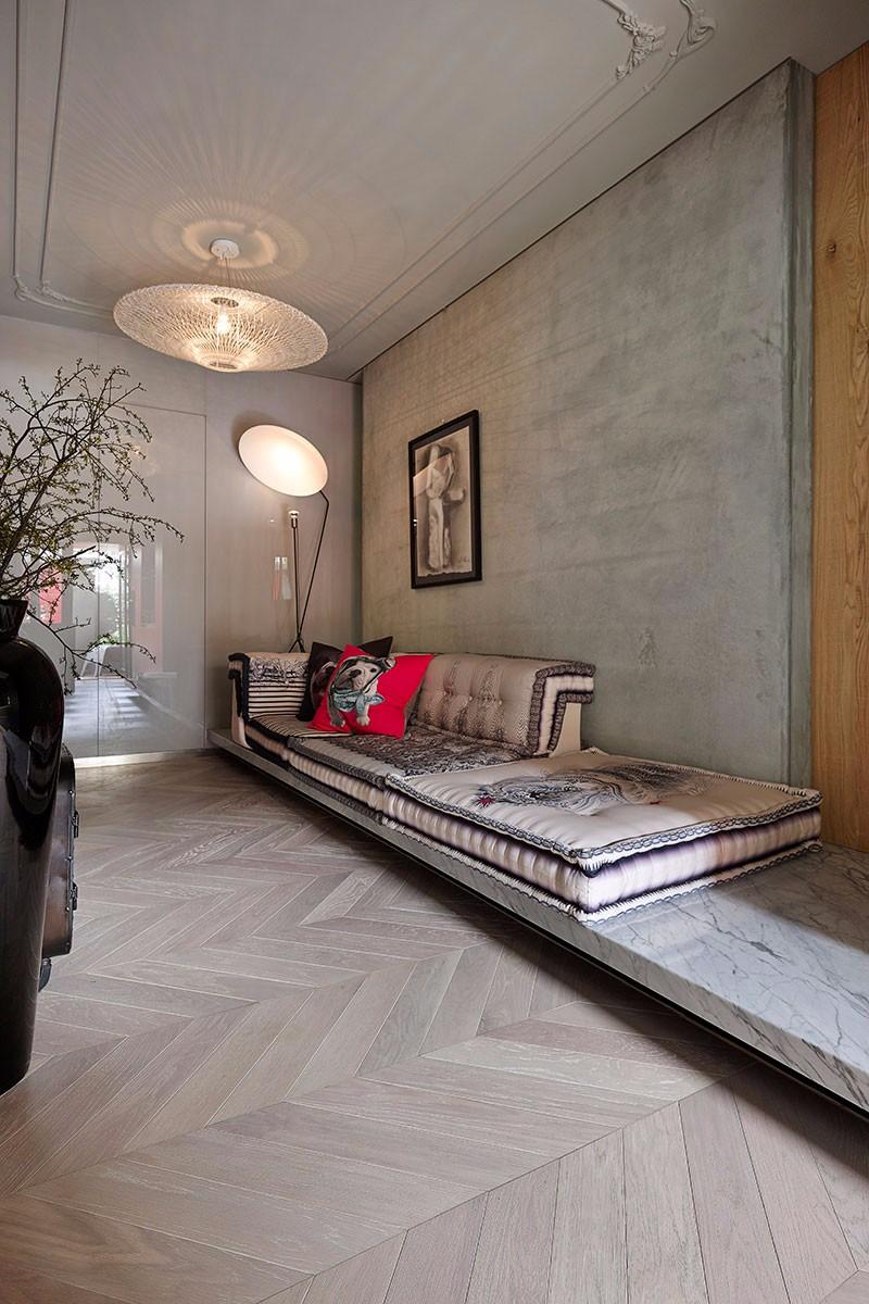 混搭风格公寓客厅吊顶装修效果图