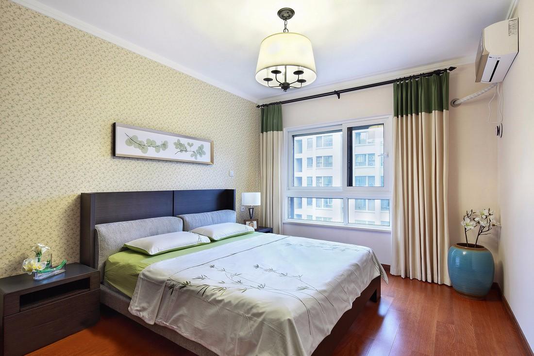 130平米三居卧室装修效果图