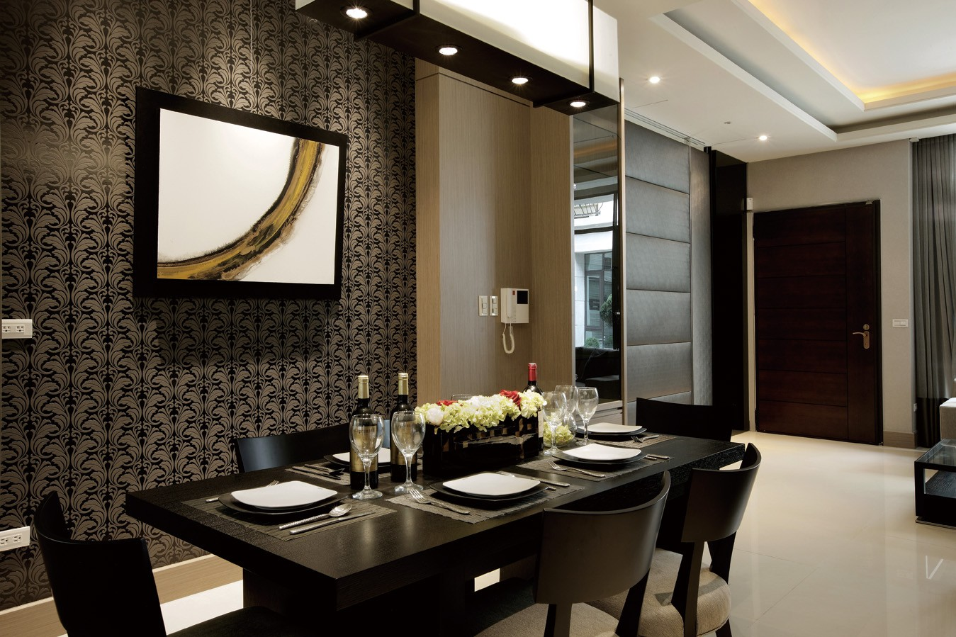 大户型现代餐厅背景墙装修效果图