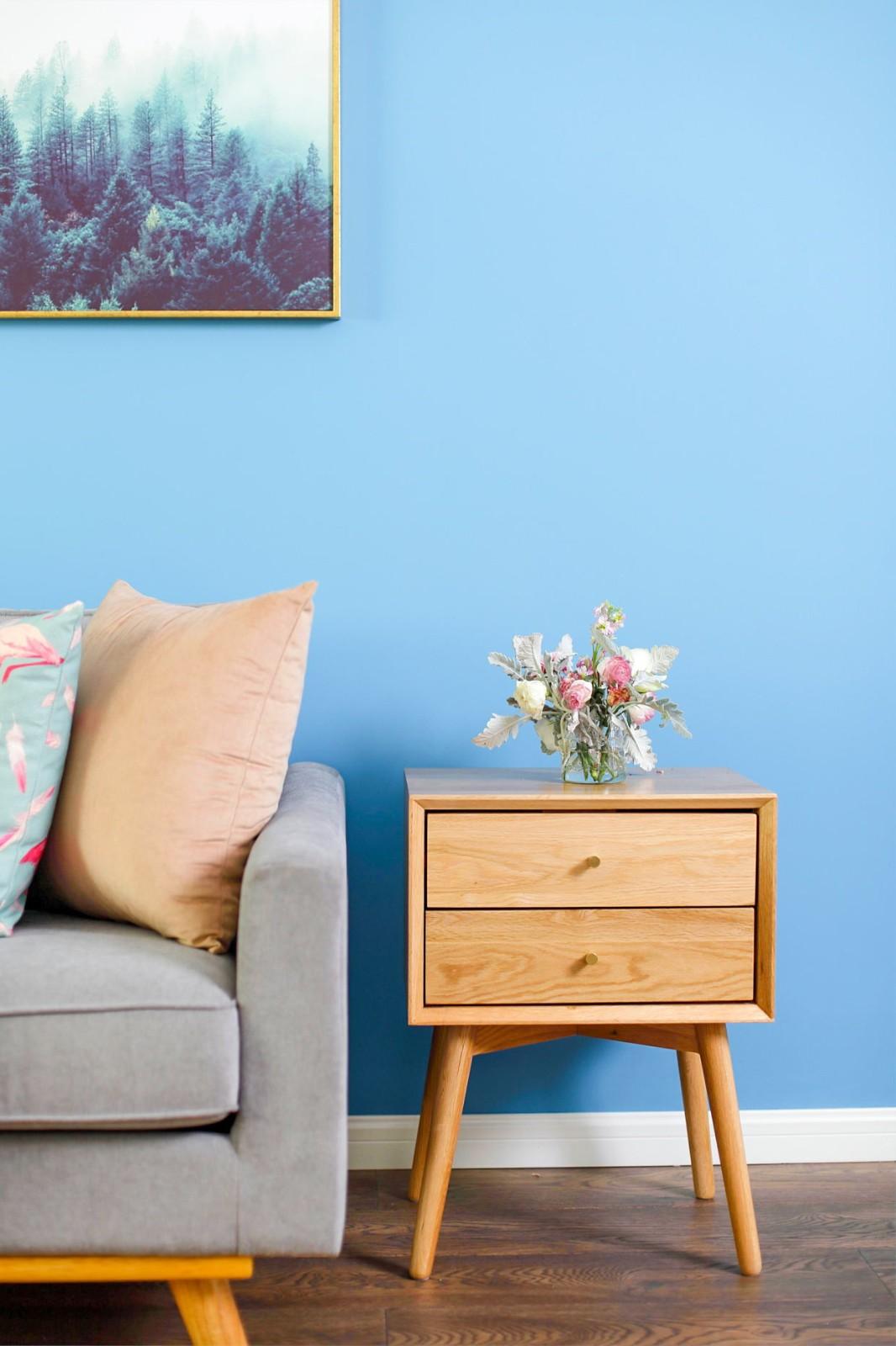 蓝调北欧风二居装修沙发边柜设计图