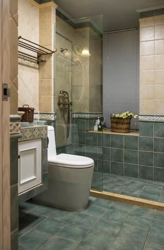 地中海风格三居卫生间装修设计图