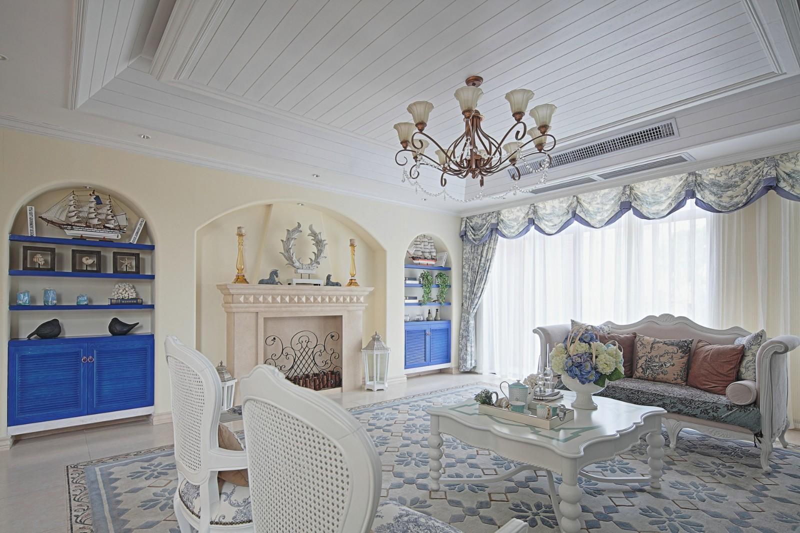 大户型地中海风格客厅吊顶装修效果图