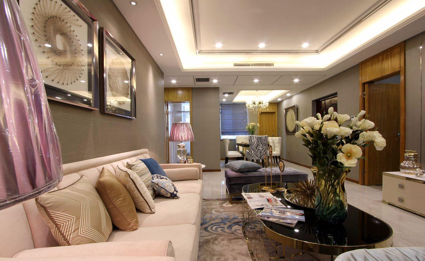 时尚简欧三居室客厅吊顶装修效果图