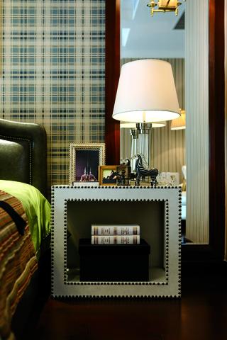 新古典别墅装修床头柜设计图