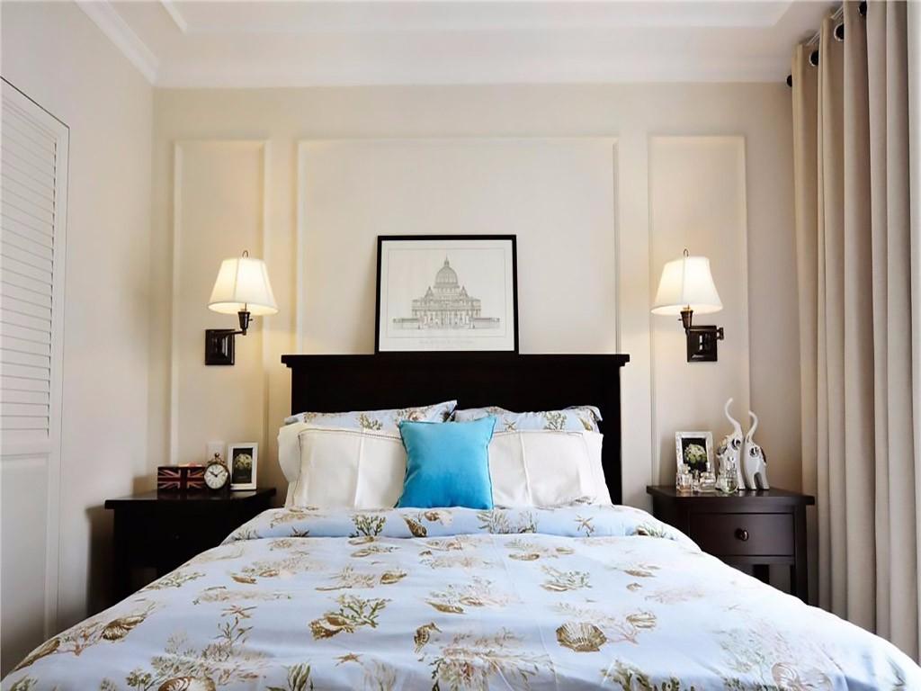 美式风格两居床头背景墙装修效果图
