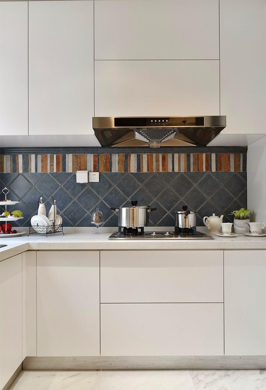 地中海风格厨房装修设计图