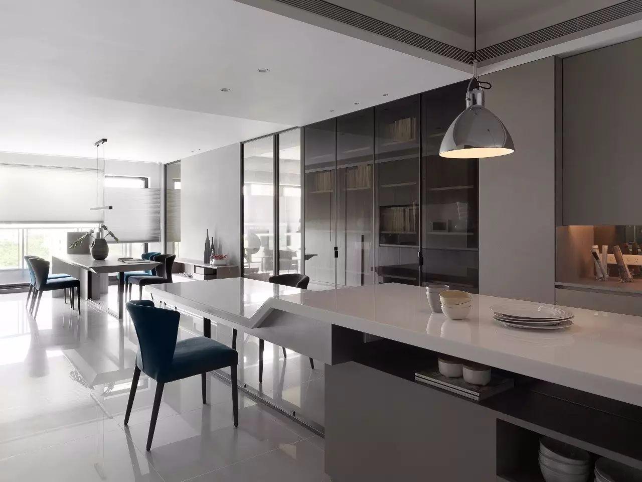 现代风格厨房岛台装修效果图