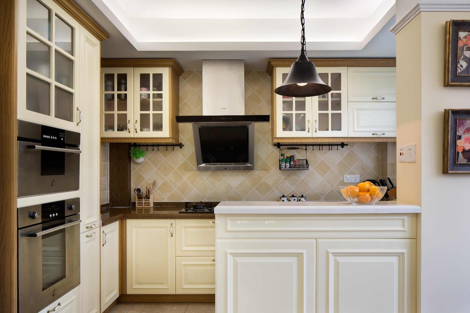 美式风格两居厨房装修设计图