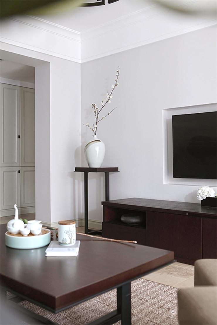 简约中式三居室客厅电视背景墙装修效果图