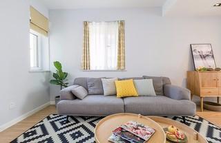 110平北欧风格装修客厅沙发布置图