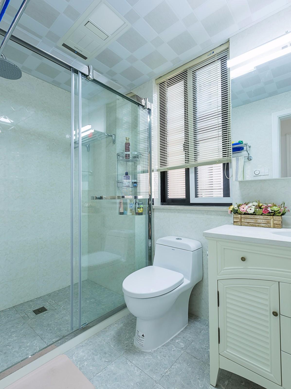 美式风格两居卫生间装修效果图