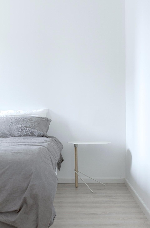 极简北欧风装修床头背景墙设计