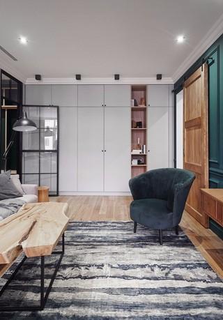 现代风三居室装修走廊收纳柜设计图