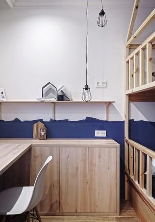 现代风三居室装修儿童房一角