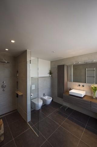 公寓卫生间装修效果图