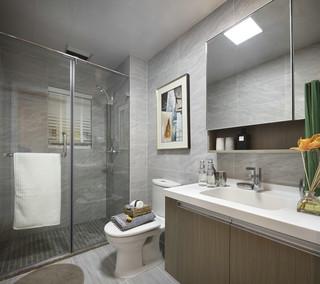 美式轻奢风三居卫生间装修效果图