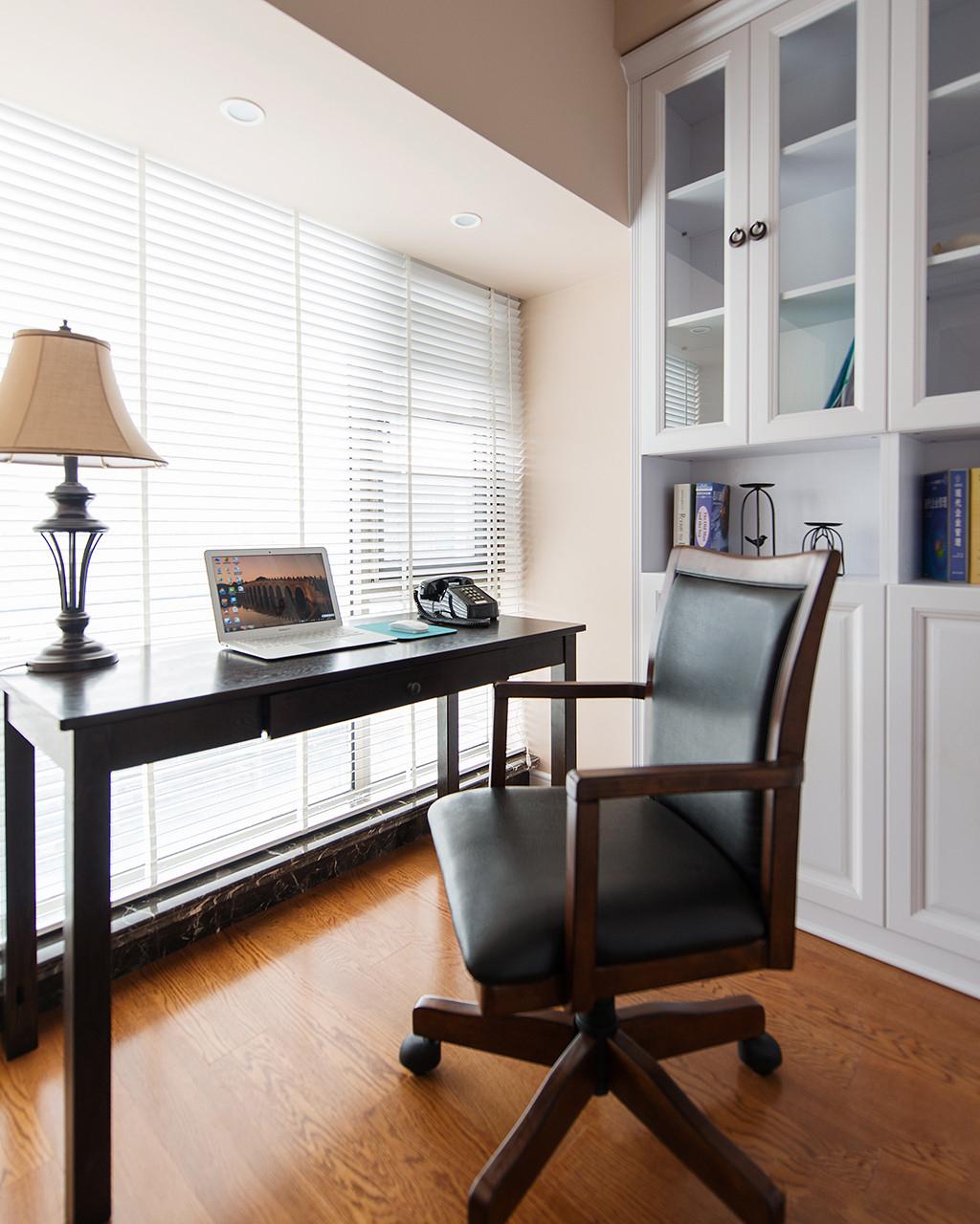 美式风格二居书房装修效果图