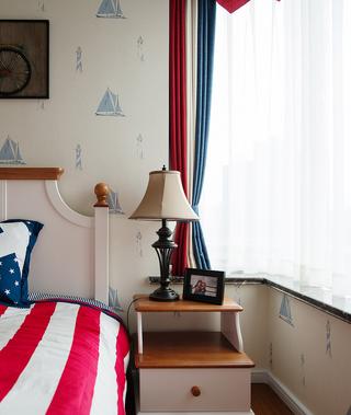 美式风格二居飘窗装修效果图
