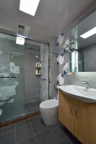 现代简约风二居装修卫生间布局图