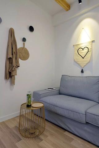 小户型两居室装修客厅一角