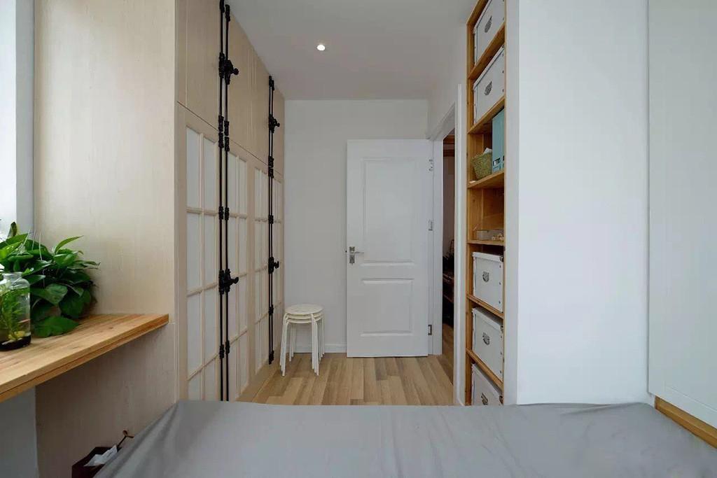 小户型两居室装修储物柜设计图