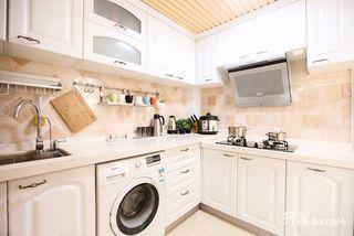 120平田园风格厨房装修效果图