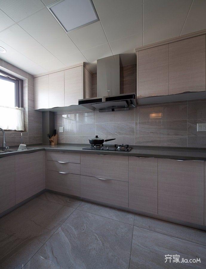125平现代简约厨房装修效果图