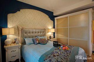地中海混搭三居卧室背景墙装修效果图