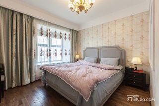 140平美式风格三居卧室装修效果图
