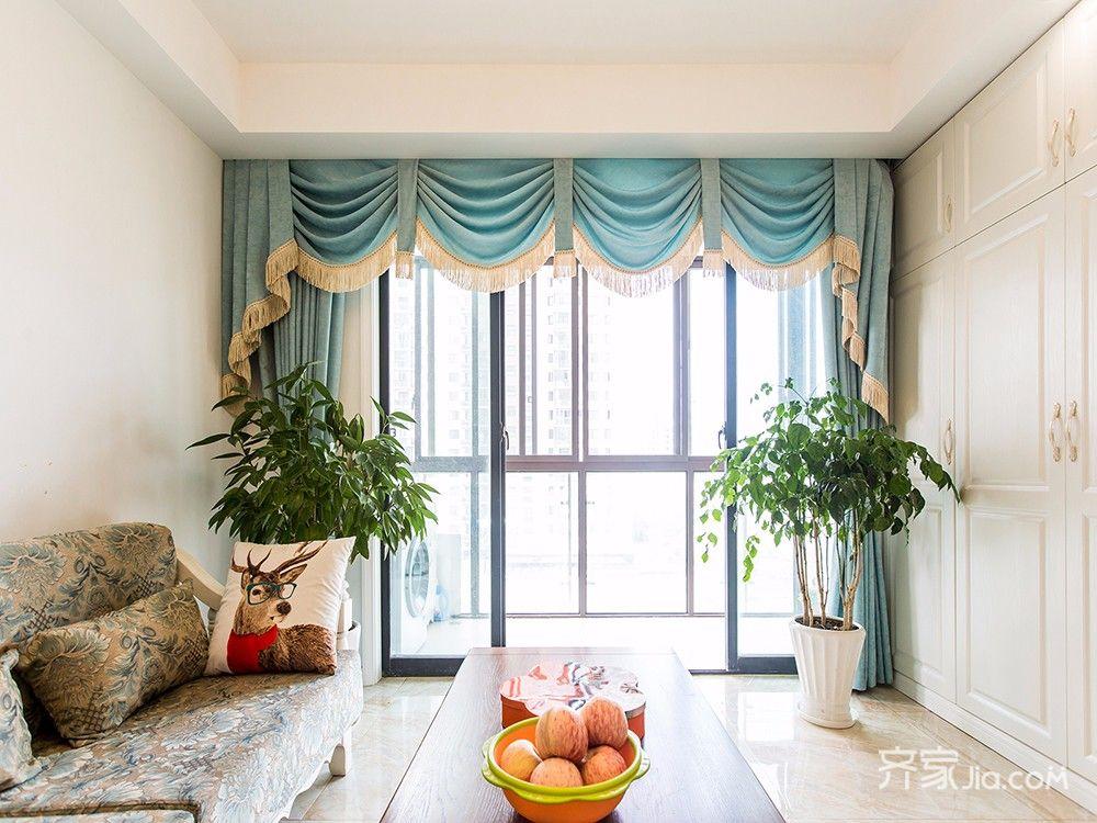 145平美式风格四居装修窗帘搭配图