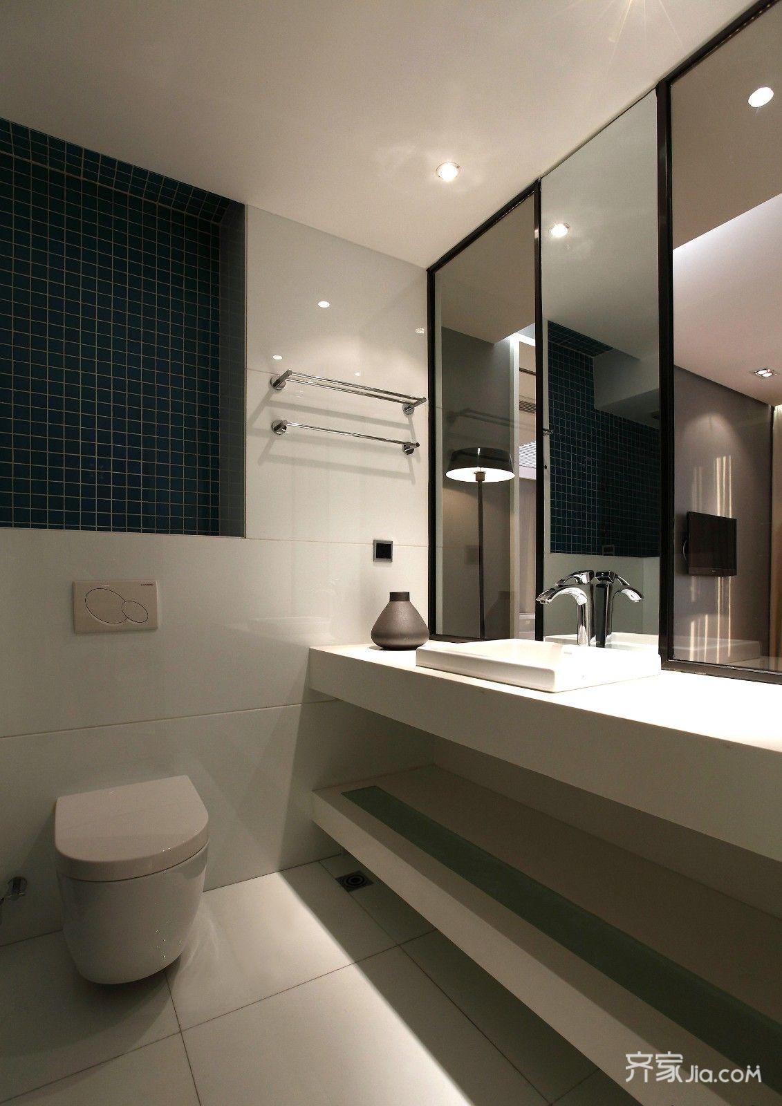 128㎡现代简约三居卫生间装修效果图