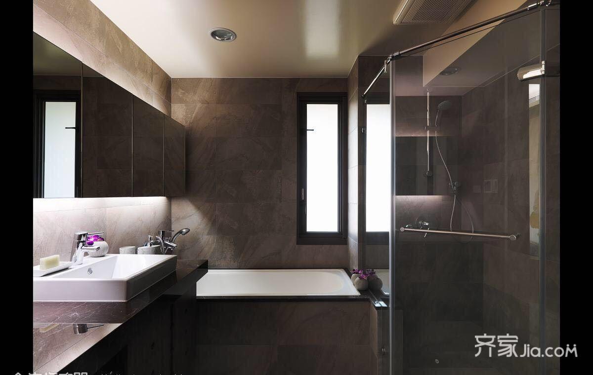 118平现代风格三居卫生间装修效果图