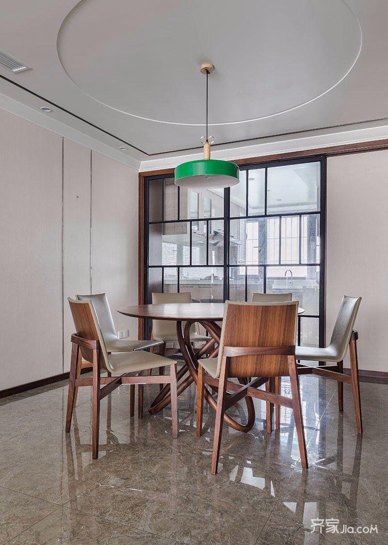 135平现代简约三居餐厅装修效果图