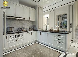 轻奢法式别墅厨房装修效果图