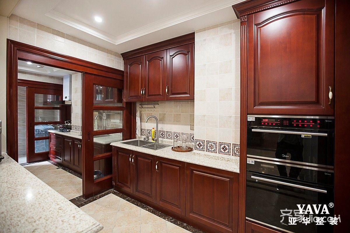 125㎡美式风格三居厨房装修效果图