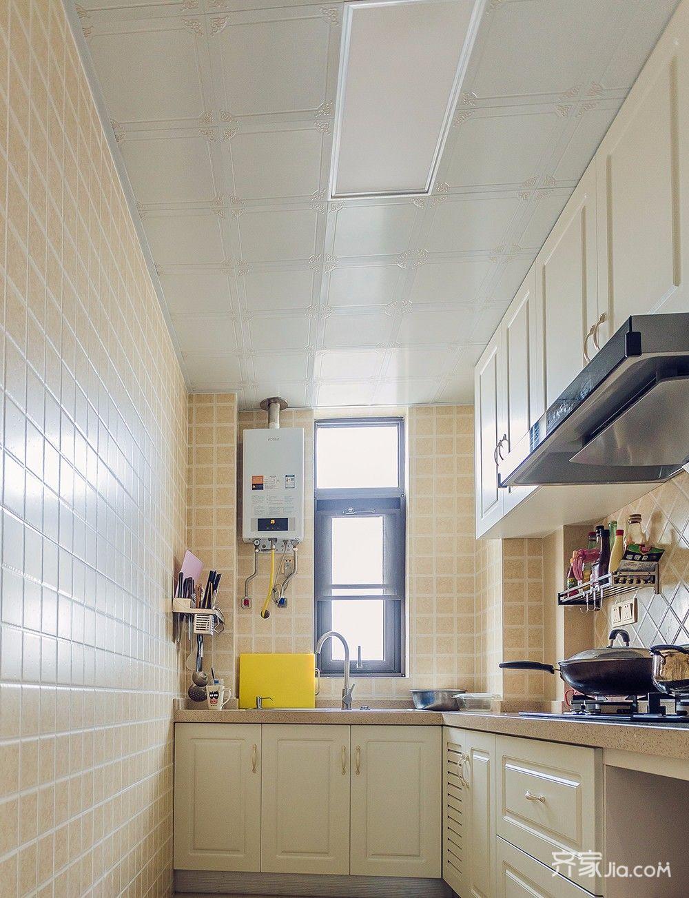 145平欧式风格四居装修厨房吊顶设计图