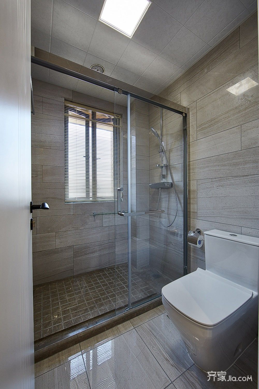 现代简约风格四居室卫生间装修效果图
