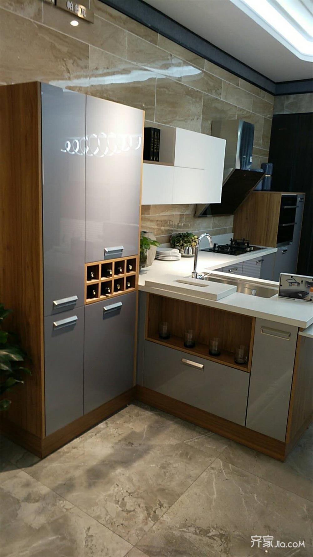 130平现代简约风格厨房装修效果图