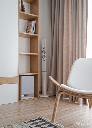 110平日式风格二居装修客厅一角