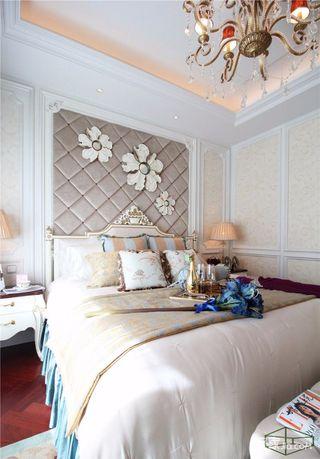 欧式古典三居卧室装修效果图