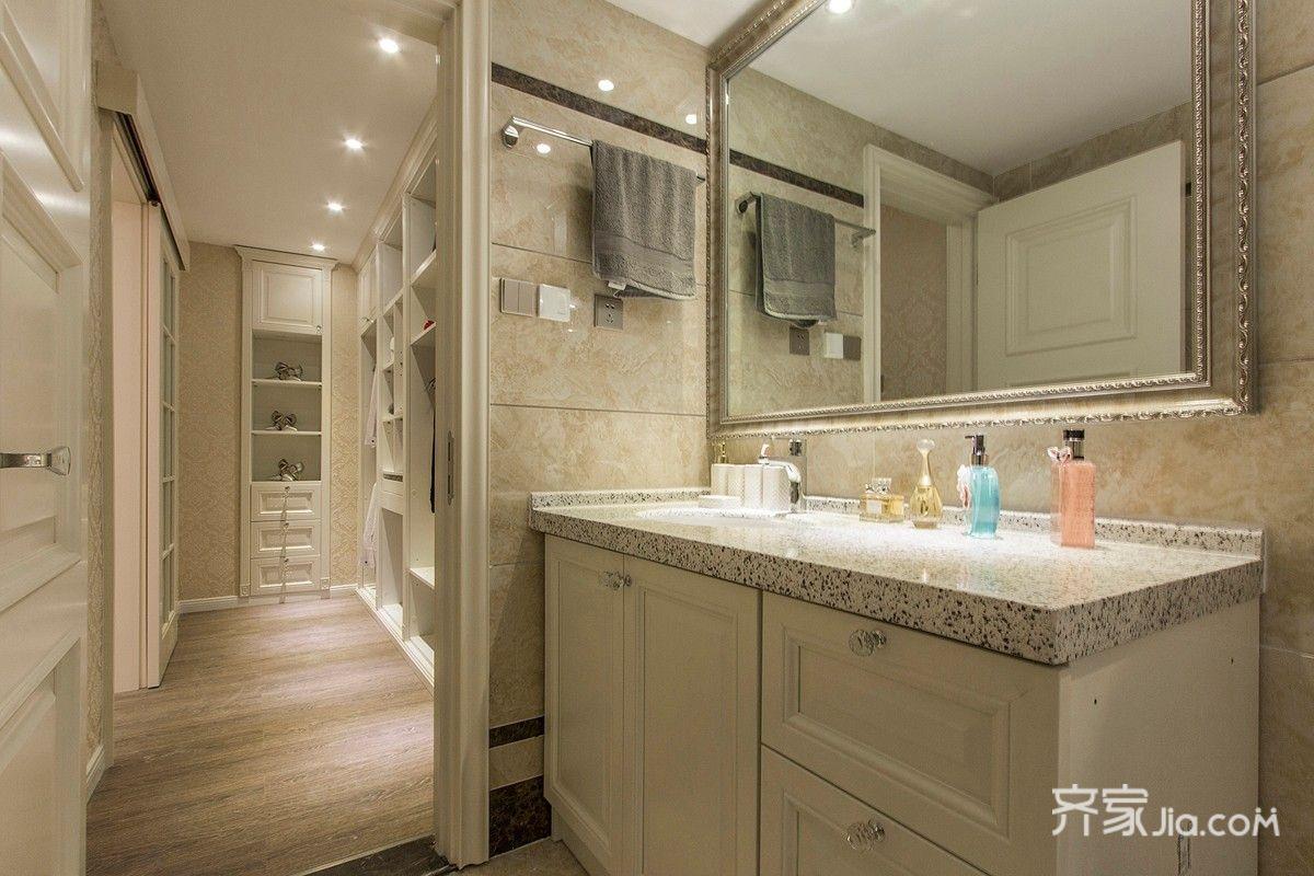 欧式奢华风格三居室卫生间装修效果图