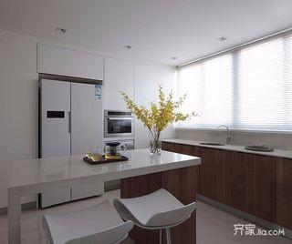 130平简约三居装修设计效果图