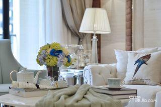 现代欧式风格三居装修客厅小景